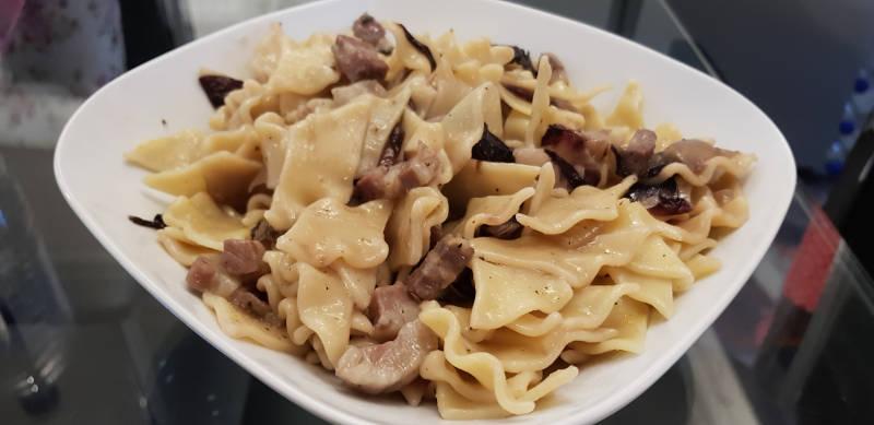 Pasta pancetta radicchio